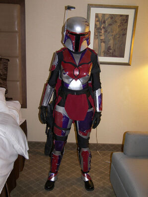 Mandalorian armor by brokenrapture781-d2yaptq