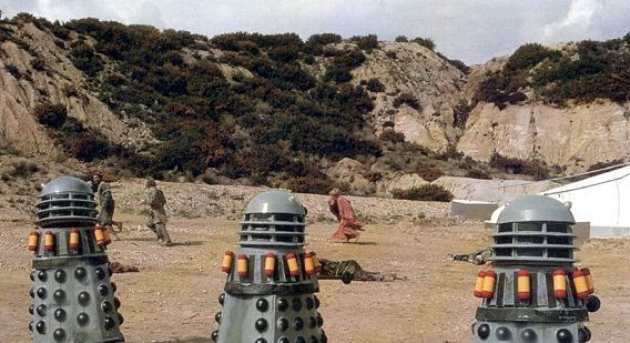File:Daleks fight prisoners.jpg