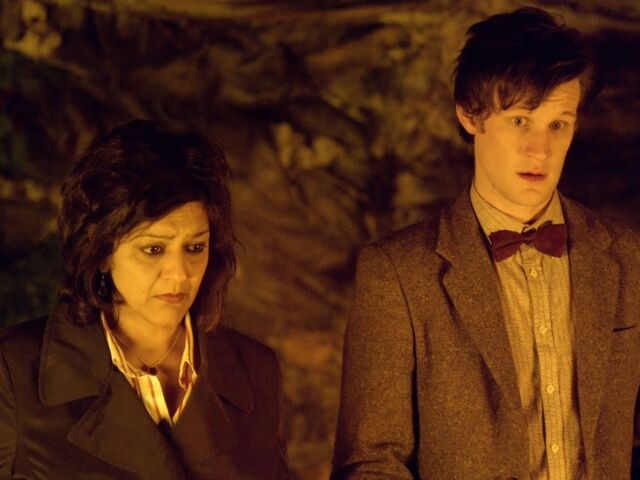 File:The Doctor and Nasreen find the Silurian city.jpg