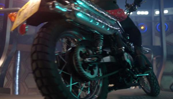 File:Clara motorcycle.jpg