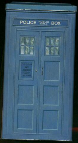 File:BOX SET TARDIS Trial Tin.jpg