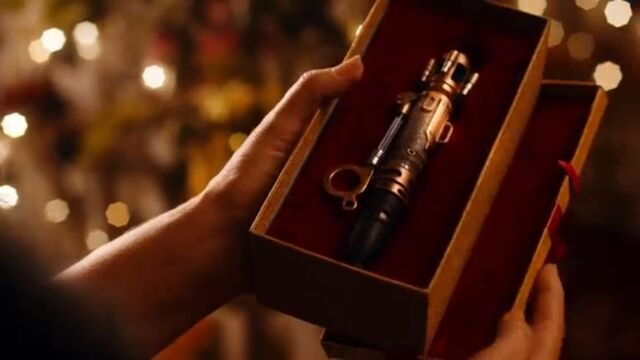 File:River Gifted her Sonic Screwdriver.jpg