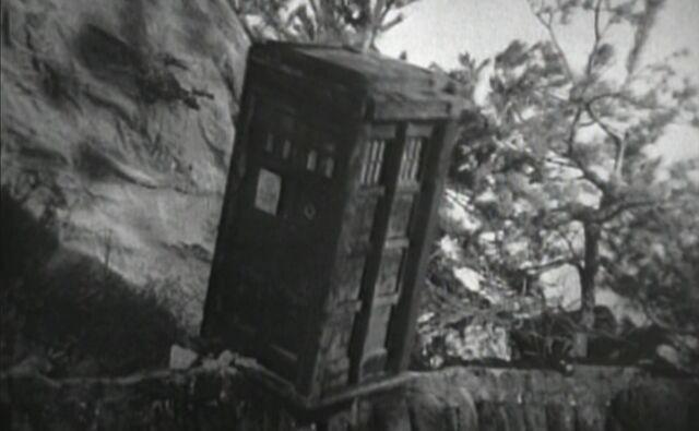 File:TARDIS falls.jpg