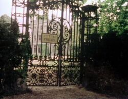 Fetch Priory gates