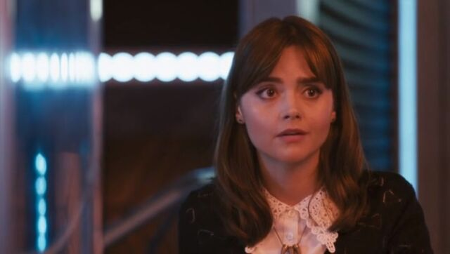 File:Clara feels like leaving the Doctor's company.jpg