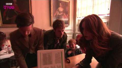 The Doctor Who Cast Sing the Confidential Song - Doctor Who Confidential - BBC Three