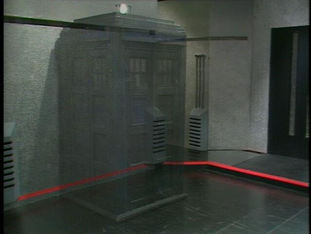 File:The Doctor's TARDIS materialising Gallifrey.jpg