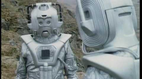 Cybermen Ambush The Doctor & Master - Doctor Who Classic - The 5 Doctors - BBC