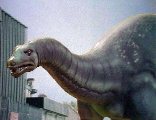 File:Apatosaurus v2.jpg