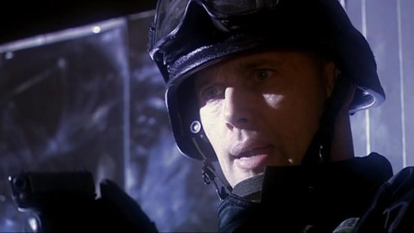 File:Commander looking forwards Dalek.jpg