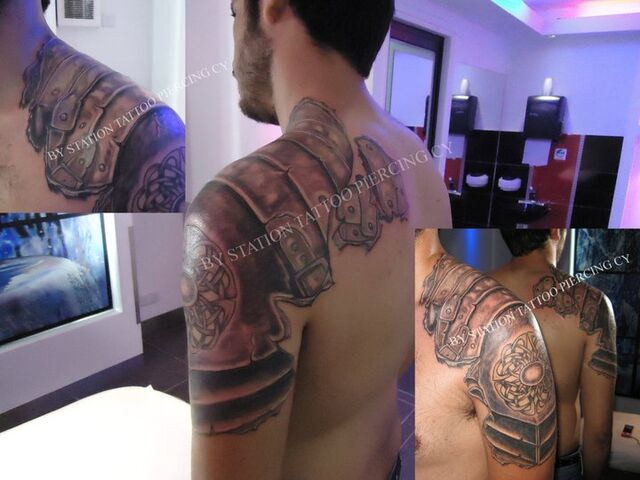 File:Tattoo black and grey realistic Armor shoulder arm - 1738372658372.jpg