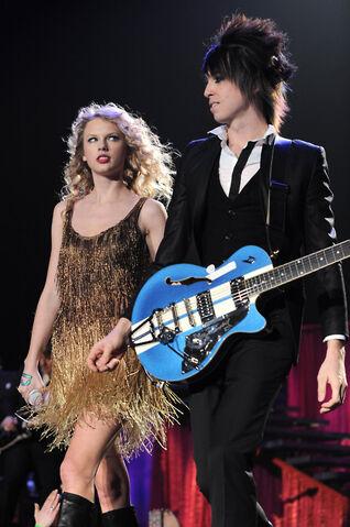 File:Taylor&Grant.jpg