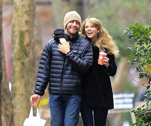 File:Taylor-Swift-Jake-Gyllenhaal.jpg