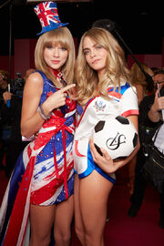 Fashion-show-backstage-2013-taylor-swift-cara-delevingne-british-invasion-victorias-secret-hi-res