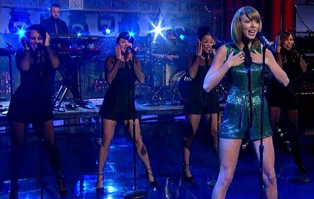 File:Welcome2NY- TSwift on Letterman7.jpg