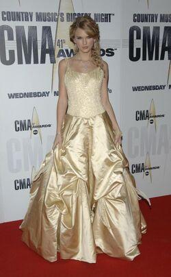 Taylor swift 2007 cma 2