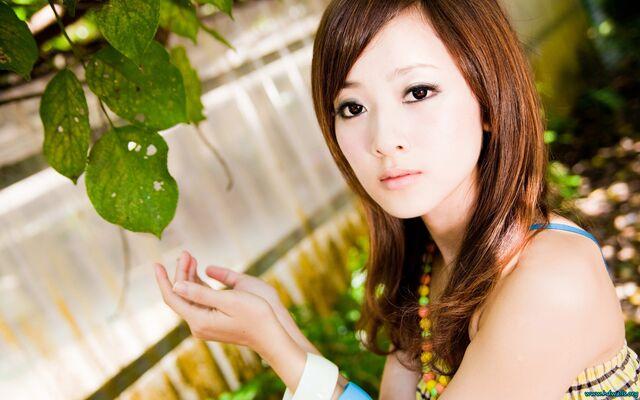 File:AsianGirl.jpg