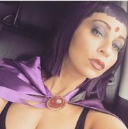 Tara Strong Raven cosplay2 Stan Lee Comic Con