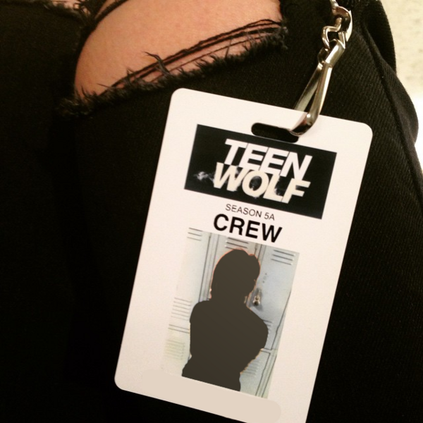 Teen Wolf Season 5 Behind the Scenes New Security Badges 021115