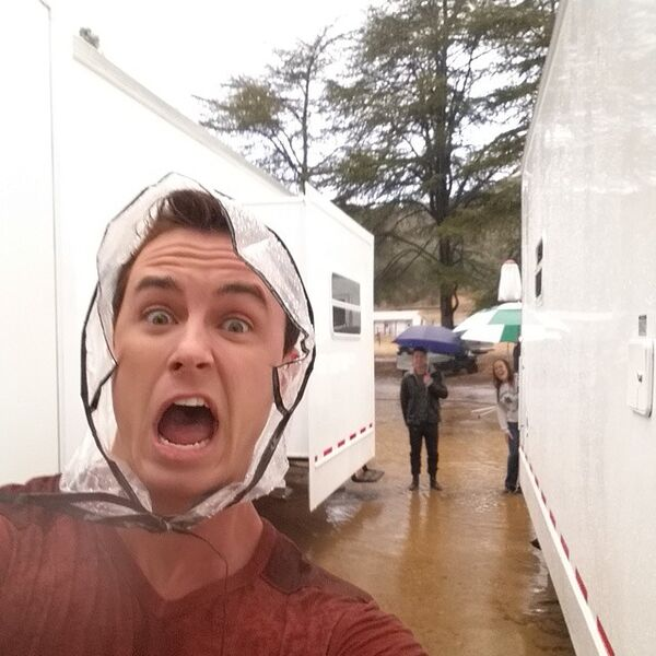 Teen Wolf Season 5 Behind the Scenes Ryan Kelley Rain bonnet