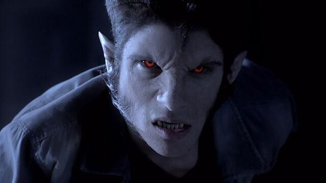 File:Teen Wolf Season 3 Episode 12 Lunar Ellipse Tyler Posey Scott McCall Alpha.jpg