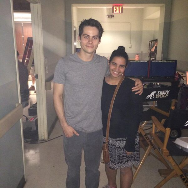 Teen Wolf Season 5 Behind the Scenes Dylan O'Brien with fan Teen Wolf HQ 040215