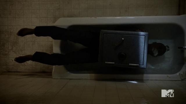 File:Teen Wolf Season 3 Episode 6 Motel California Sinqua Walls Boyd Suicide.png