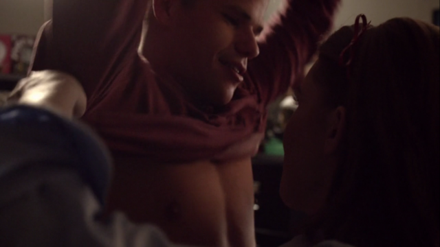File:Teen Wolf Season 3 Episode 7 Currents Max Carver Holland Roden Aiden and Lydia removing shirt.png