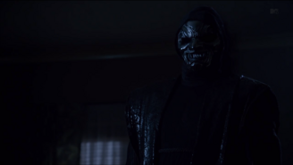 Teen Wolf Season 3 Episode 17 Silverfinger Demon Teeth 1