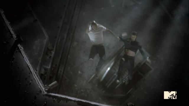 File:Teen Wolf Season 3 Episode 5 Frayed Ennis and Derek fall.png