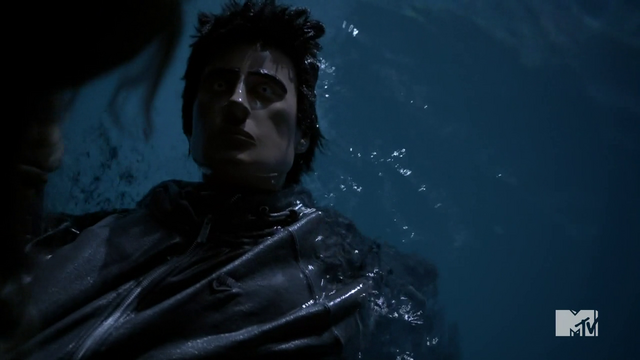 File:Teen Wolf Season 3 Episode 3 Fireflies floating dummy not a corpse.png