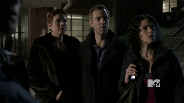 File:Eaddy Mays JR Bourne and Melissa Ponzio.png