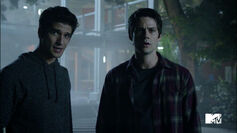 Tyler-Posey-Dylan-O'Brien-Scott-and-Stiles-sticking-together-Teen-Wolf-Season-6-Episode-10-Riders-on-the-Storm