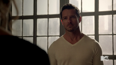 Teen Wolf Season 3 Episode 19 Letharia Vulpina Ian Bohen Peter offers to help