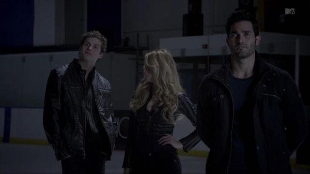 File:1000px-Derek,Erica & Isaac.jpg