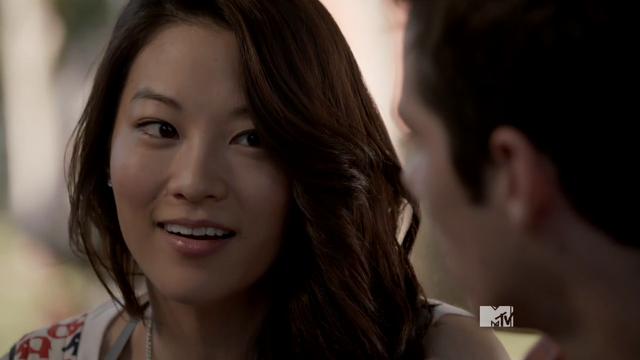 Datei:Teen Wolf Season 3 Episode 13 Anchors Arden Cho as Kira.png