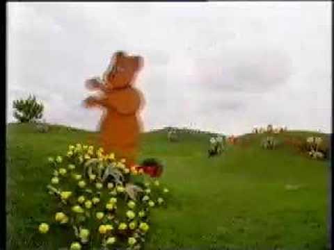 File:The Runaway Bear.jpg