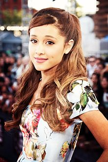 Ariana Grande 2013-09-29 19-55