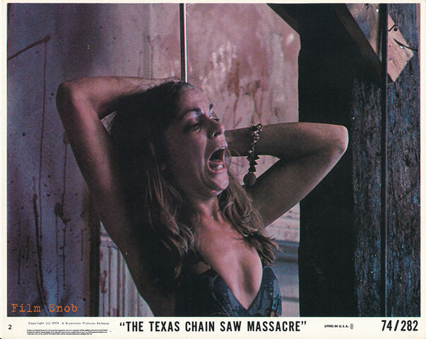 File:The Texas Chainsaw Massacre 1974 13.jpg