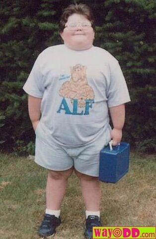 File:Funny-pictures-the-fat-alf-kid-0fp.jpg