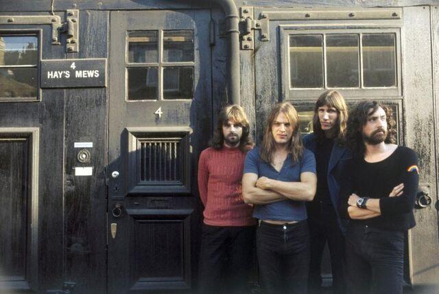 File:Pink Floyd 1970s.jpg