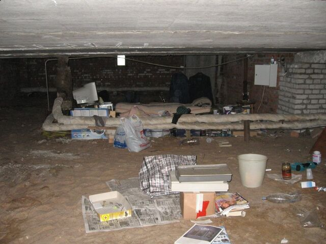 File:Rape dungeon.jpg