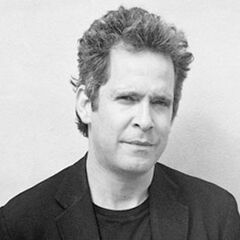 Tom Hollander image.