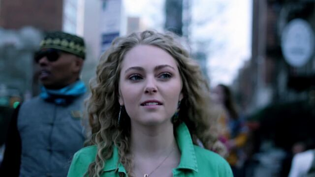 File:Thecarriediaries0101-0004.jpg