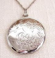 File:Sage's Locket.jpg