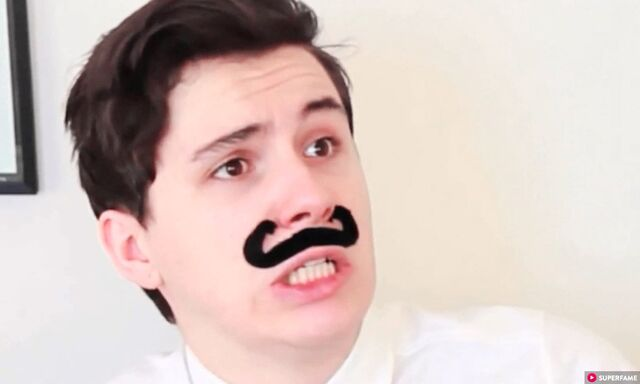 File:Dan-howell-face.jpg