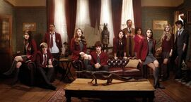 House-of-Anubis-season-1-cast-house-of-anubis-cast-31836234-577-310
