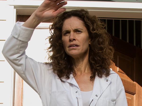 File:1x10 Laurie.jpg