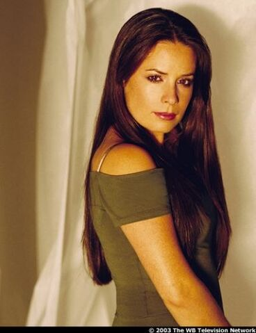 File:Holly-marie-combs-20041102-14093.jpg