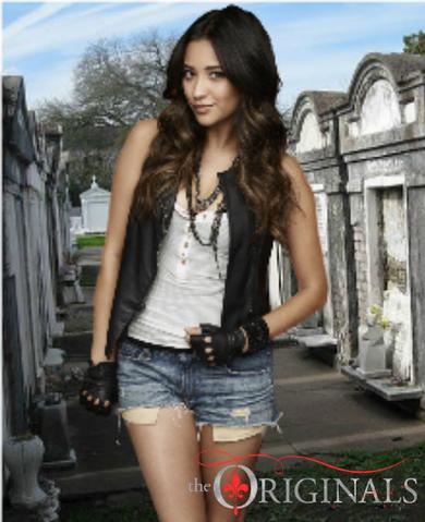 File:Sophia Originals 1.png